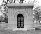 Graceland Cemetery, Getty, Carrie Eliza, Tomb