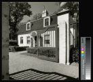 Armour, J. Ogden, Mrs., Residence, Gatehouse